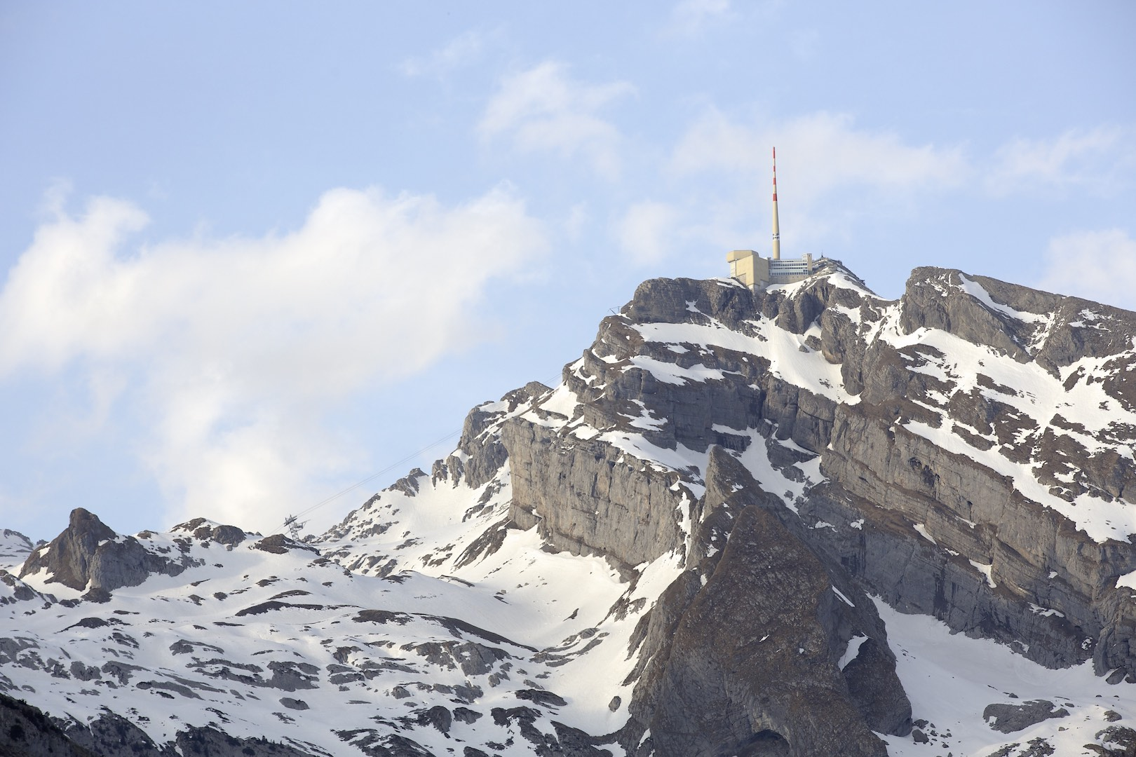 Säntis (2501m above sea level) with the Swisscom Broadcast tower (123m)
